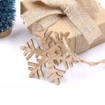 Vánoční dřevěná ozdoba - sněhová vločka 04